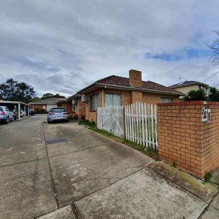 Rent this 2 bed house on 1/230 Melrose Drive