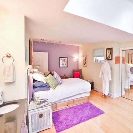 Rent this 3 bed condo on 209 Jay Street in Albany, NY 12210