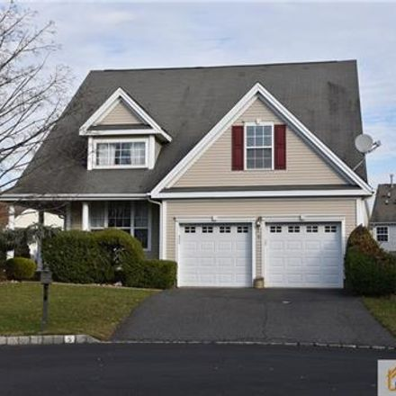 Rent this 3 bed house on 9 Lisa Court in Sayreville, NJ 08859