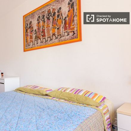 Rent this 3 bed room on Erboristeria Dietetica Naturale in Via Gabriello Chiabrera, 43