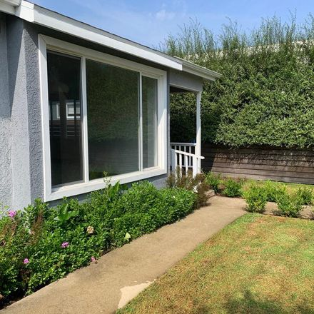 Rent this 2 bed house on Walnut Avenue in Los Angeles, CA 90291