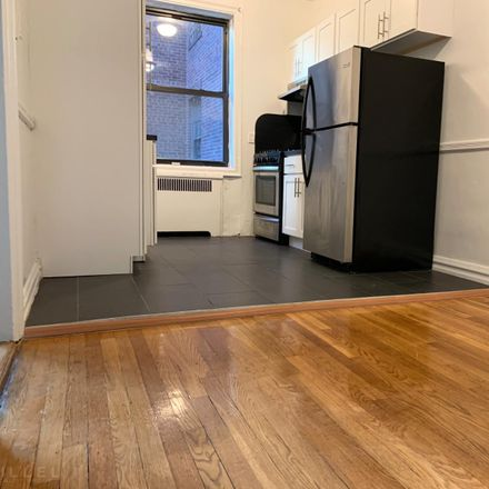 Rent this 1 bed apartment on 25-20 30th Road in New York, NY 11102