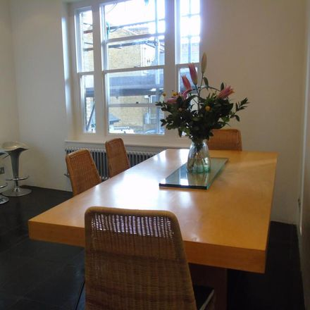 Rent this 3 bed apartment on Kellett Road in London SW2 1ED, United Kingdom