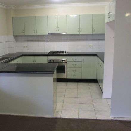 Rent this 3 bed apartment on 31/312 Windsor Road