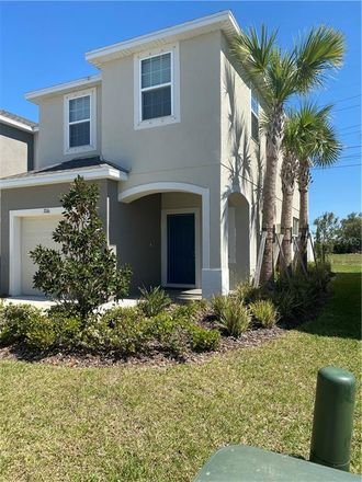 Rent this 3 bed townhouse on Riverview Dr in Bee Ridge, FL