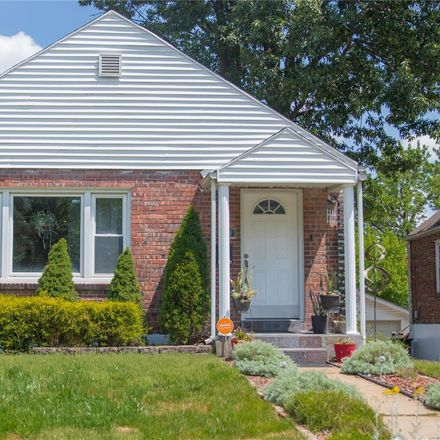 Rent this 2 bed house on 6939 Julian Avenue in University City, MO 63130