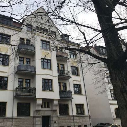 Rent this 3 bed apartment on Dietzgenstraße 6 in 04157 Leipzig, Germany