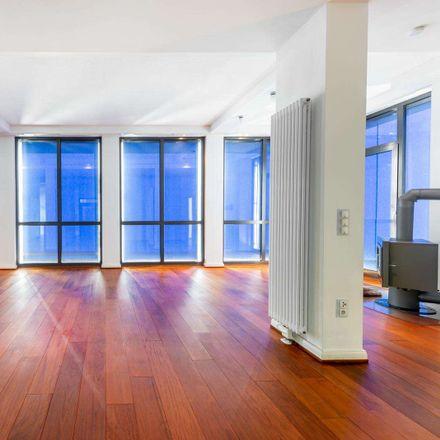 Rent this 4 bed apartment on Krögerstraße 6 in 60313 Frankfurt, Germany