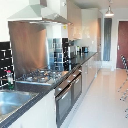 Rent this 1 bed room on Stockwood Crescent in Luton LU1 3SS, United Kingdom