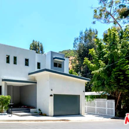 Rent this 4 bed house on 9929 Westwanda Dr in Beverly Hills, CA