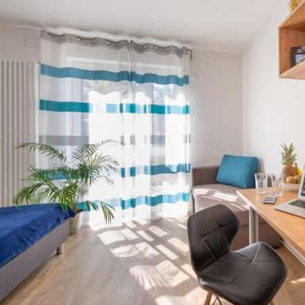 Rent this 1 bed apartment on Ottobrunner Straße 12 in 81737 Munich, Germany