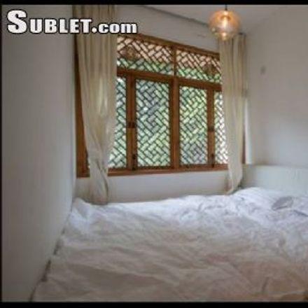 Rent this 1 bed apartment on 上海市西中学 in 上海绕城高速S, 方松街道