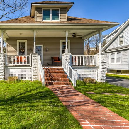 Rent this 3 bed house on 5560 Levering Avenue in Elkridge, MD 21075