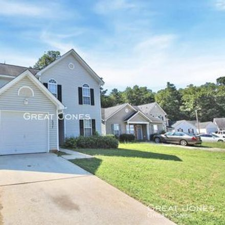 Rent this 3 bed apartment on 4261 Parkdale Drive in Charlotte, NC 28208