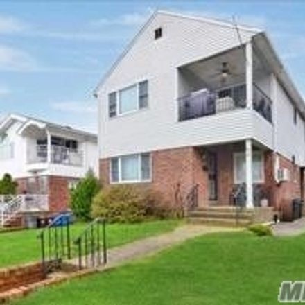 Rent this 5 bed apartment on 225th St in Oakland Gardens, NY