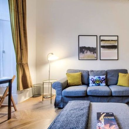 Rent this 3 bed apartment on Nationwide in Byres Road, Glasgow G12 8TL