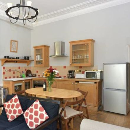 Rent this 3 bed apartment on 40 St Stephen's Gardens in London W2 5NJ, United Kingdom