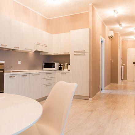 Rent this 5 bed room on Riviera dei Ponti Romani in 35121 Padova PD, Italia