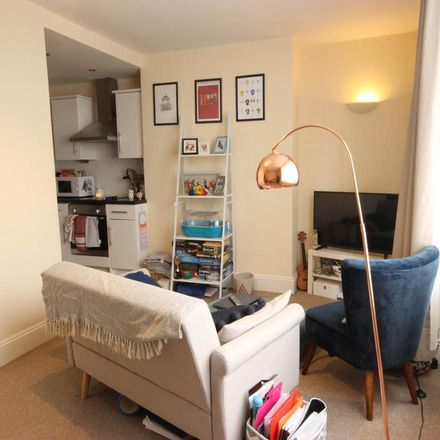 Rent this 2 bed apartment on Karina Kaprys Hair and Nail Studio in 11 Kingsway, Hove BN3 2WB