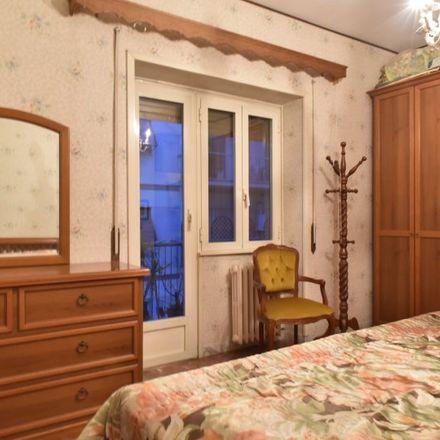 Rent this 2 bed apartment on Trattoria Osteria da Settimo in Via di Val Tellina, 81