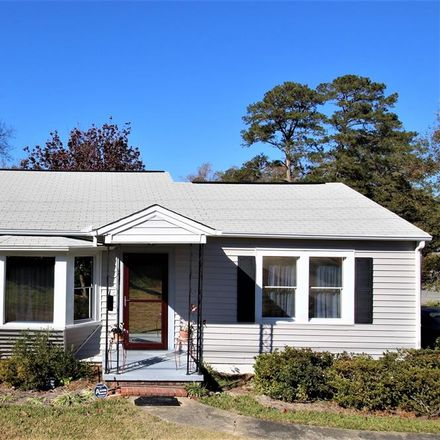 Rent this 3 bed house on 4379 Macon Road in Columbus, GA 31907
