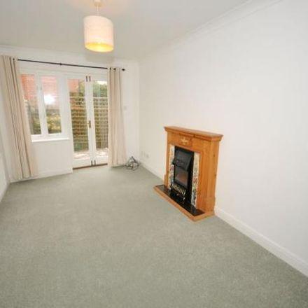 Rent this 3 bed house on Farnham Town Football Club in Babbs Mead, Waverley GU9 7DY
