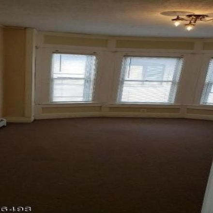 Rent this 3 bed apartment on 70 South 21st Street in Kenilworth, NJ 07033