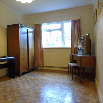 Rent this 5 bed house on Minehead Avenue in Sully CF64, United Kingdom
