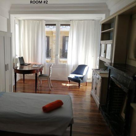 Rent this 7 bed room on Tomás Gros Kalea in 20001 Donostia, Gipuzkoa