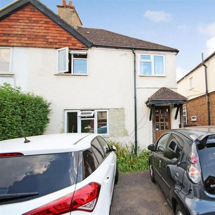 Rent this 5 bed house on 85 Aldershot Road in Guildford GU2 8AE, United Kingdom