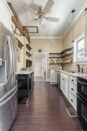 Rent this 4 bed house on 1015 East de Soto Street in Pensacola, FL 32501