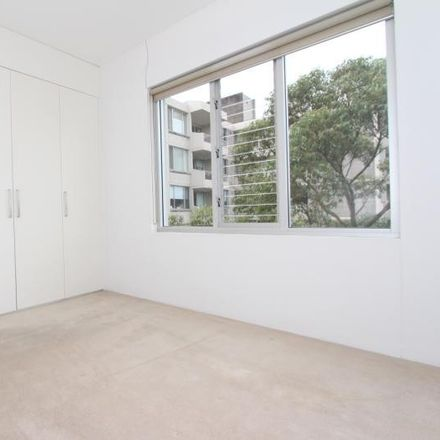 Rent this 2 bed apartment on 31/48 Penkivil Street