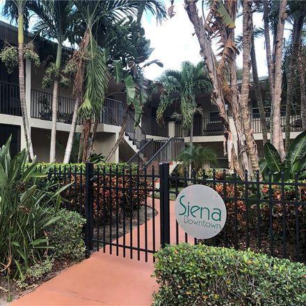 Rent this 1 bed condo on 3rd St N in Saint Petersburg, FL