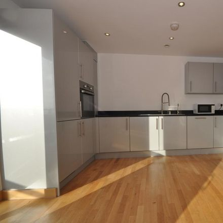 Rent this 3 bed apartment on Southchurch Road in Southend-on-Sea SS1 2PE, United Kingdom