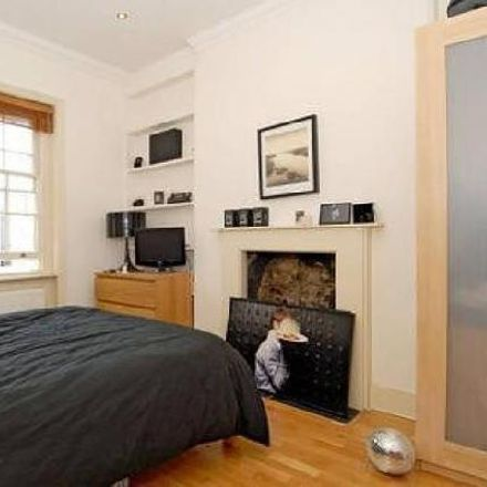 Rent this 3 bed apartment on 2 Bathurst Street in London W2 2SD, United Kingdom