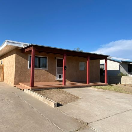 Rent this 3 bed house on la Merced Pl NW in Albuquerque, NM