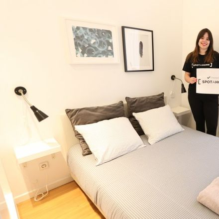 Rent this 2 bed apartment on Centro de mayores Alonso Cano in Calle Bretón de los Herreros, 28001 Madrid
