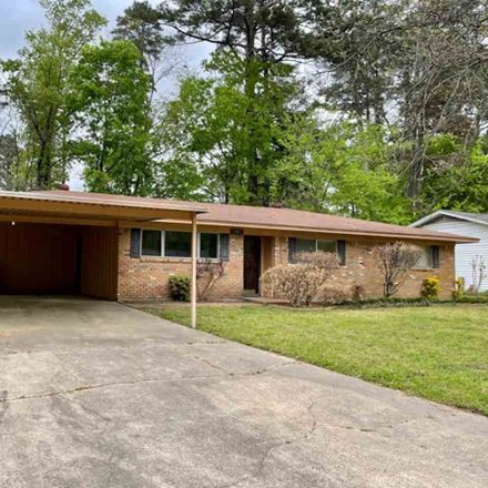 Rent this 3 bed house on 1001 Coushatta Trail in Longview, TX 75605