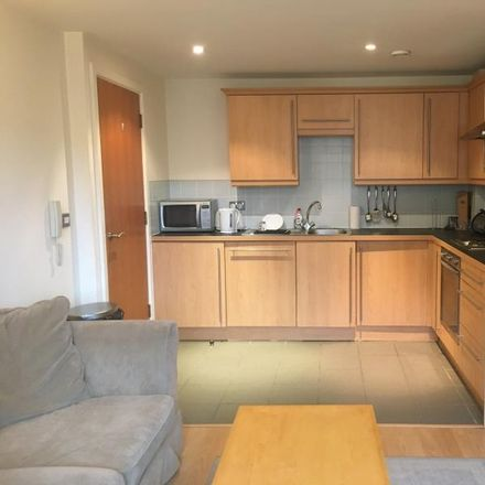 Rent this 1 bed apartment on 3 City Walk in Leeds LS11 9BJ, United Kingdom