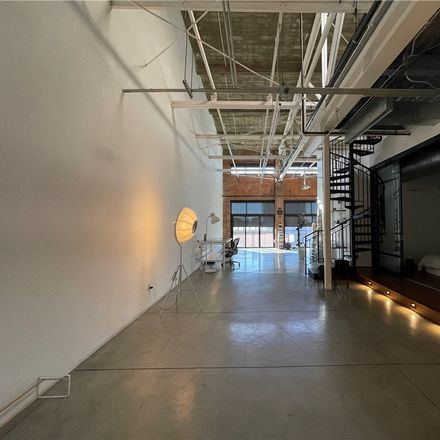 Rent this 2 bed loft on 835 Locust Avenue in Long Beach, CA 90813