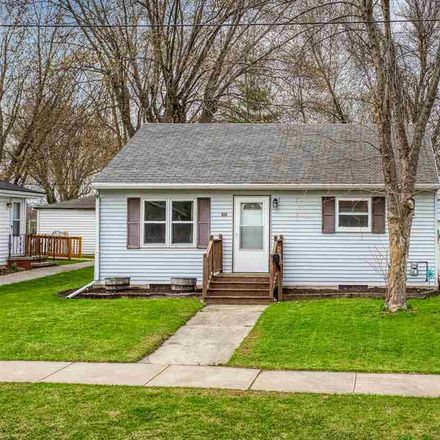 Rent this 2 bed house on 604 West 8th Street in Kaukauna, WI 54130