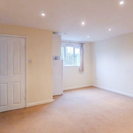 Rent this 2 bed apartment on Riverside Kelsey Surgery in Station Road, East Hampshire GU33 7AD