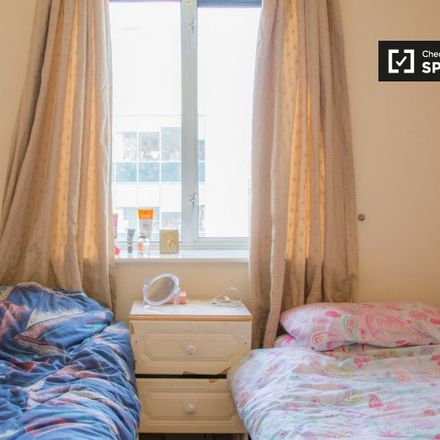 Rent this 3 bed room on Hophouse in 160 Parnell Street, Rotunda A ED
