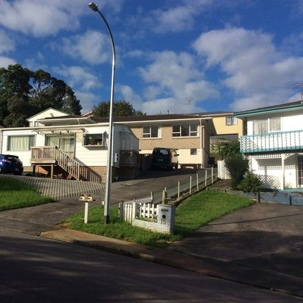 Rent this 1 bed house on 29 Sapphire Place in Glenfield, Kaipātiki 0629