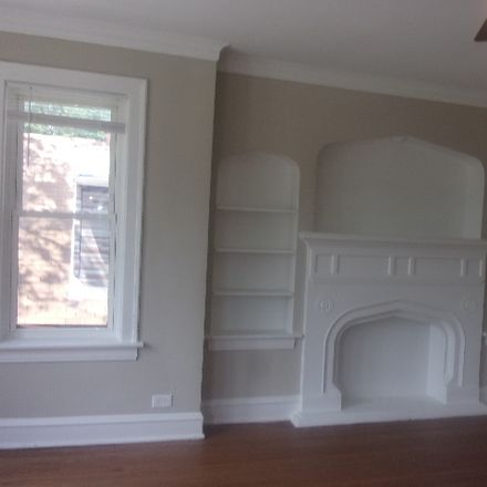 Rent this 3 bed townhouse on South Chappel Avenue in Chicago, IL 60649