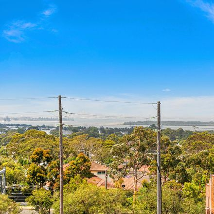 Rent this 1 bed apartment on 14/10 Banksia Road