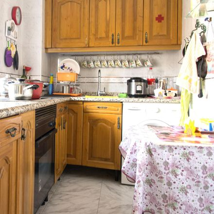 Rent this 3 bed room on Calle Madrid in 28, 28912 Leganés