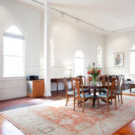 Rent this 3 bed loft on 2621 2nd Street in Santa Monica, CA 90405