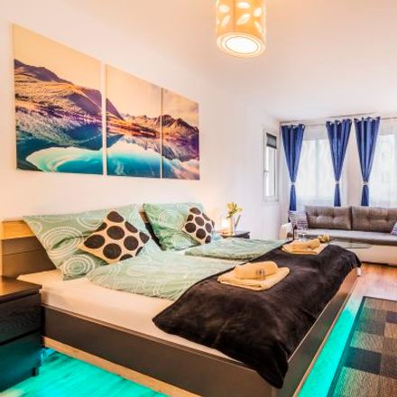 Rent this 3 bed apartment on Gierstergasse 8 in 1120 Vienna, Austria