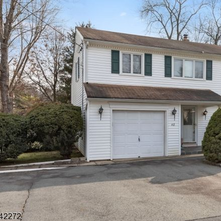 Rent this 3 bed house on Distler Ave in Caldwell, NJ